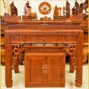 Bàn thờ gỗ hương đỏ BT94H – Tủ thờ gỗ hương Nam Phi đẹp sang trọng