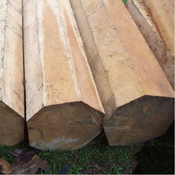 Án gian thờ đẹp gỗ mít được nhiều gia đình săn đón