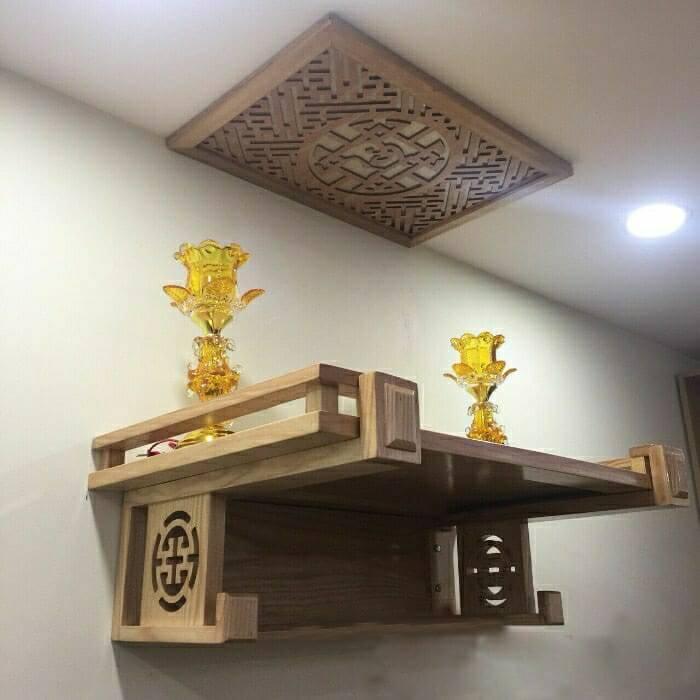 Đặt bàn thờ treo tường trên phòng trên tầng cao