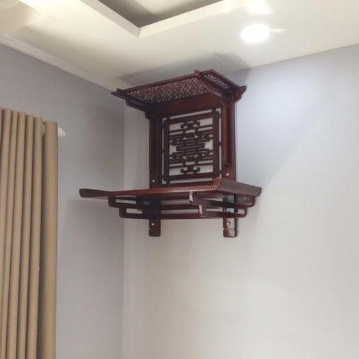 Bàn thờ treo tường giúp tối ưu không gian cho nhà chung cư