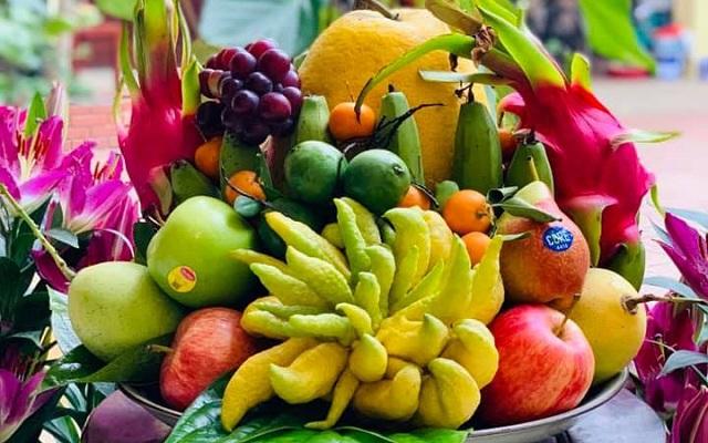 Lựa chọn cẩn thận mâm ngũ quả cho lễ vật thắp hương
