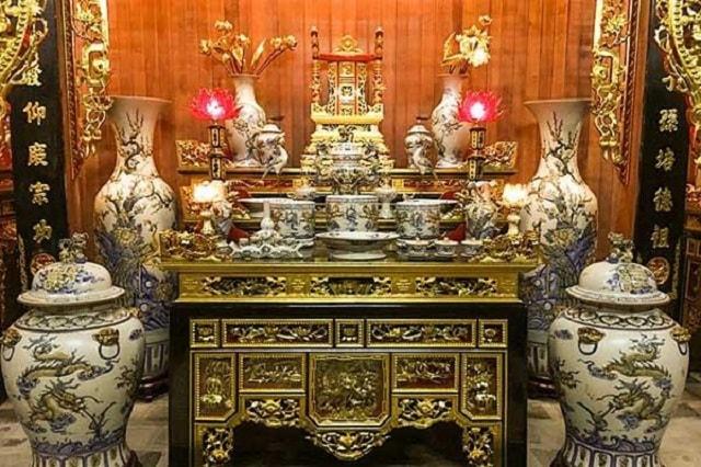 Cách bày trí bát hương trên bàn thờ đúng chuẩn