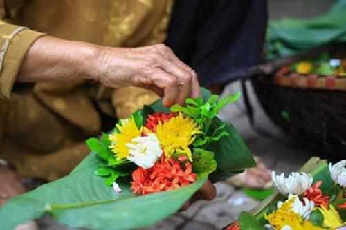 Ý nghĩa của việc đi lễ ban Tam Bảo