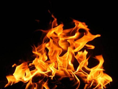 Mơ thấy lửa cháy mang lại điềm lành hay điềm gở cho gia chủ?