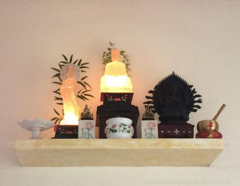 Cách chọn và sử dụng đèn thờ Quan Âm: Đèn thờ quan âm trong thờ cúng