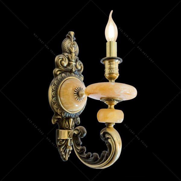 Đèn thờ treo tường nhỏ gọn tiện lợi