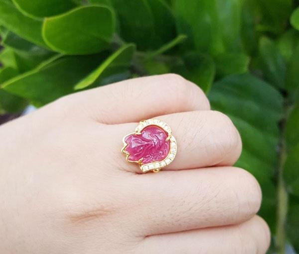 Nhẫn hồ ly đá là sản phẩm trang sức được làm từ đá hồ ly phong thủy tự nhiên