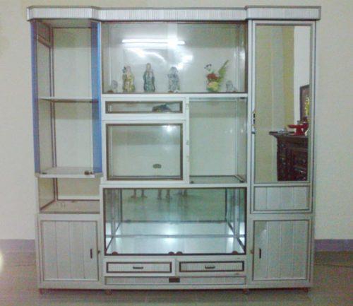 Mẫu tủ thờ nhôm giá rẻ phù hợp với mọi không gian gia đình